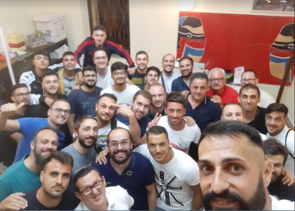 il tradizionale selfie per la nuova Stagione Sportiva dei biancorossi